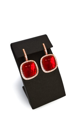 Red Earing