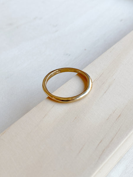 Condensation Ring 10k Gold