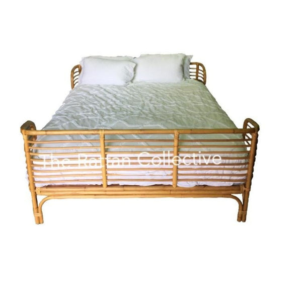 Barefoot queen rattan bed The Rattan Collective Byron Bay rattan bedhead bedroom