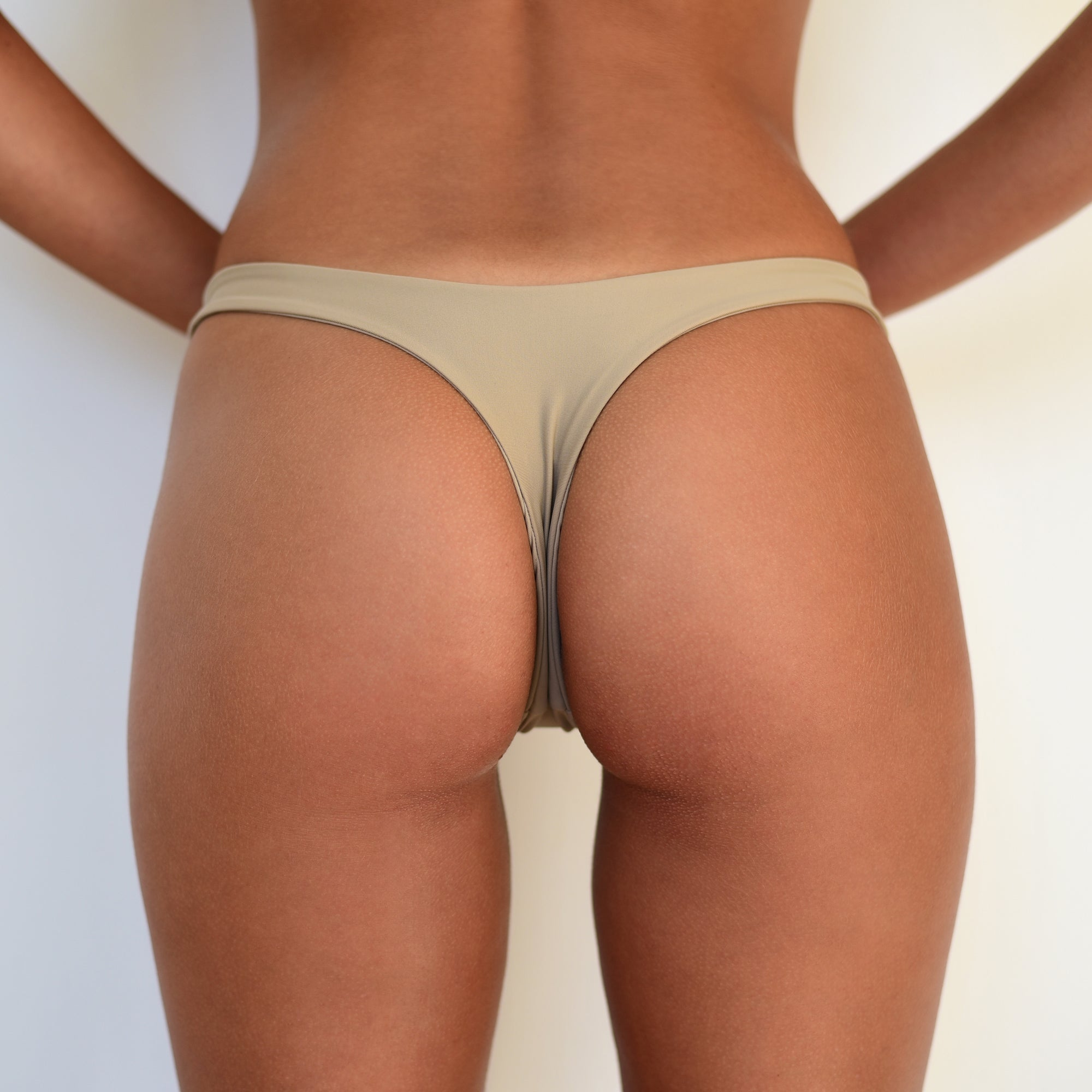 Zenith Bottoms Sand