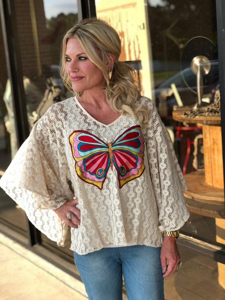 BUTTERFLY EMBROIDERED CROCHET TOP