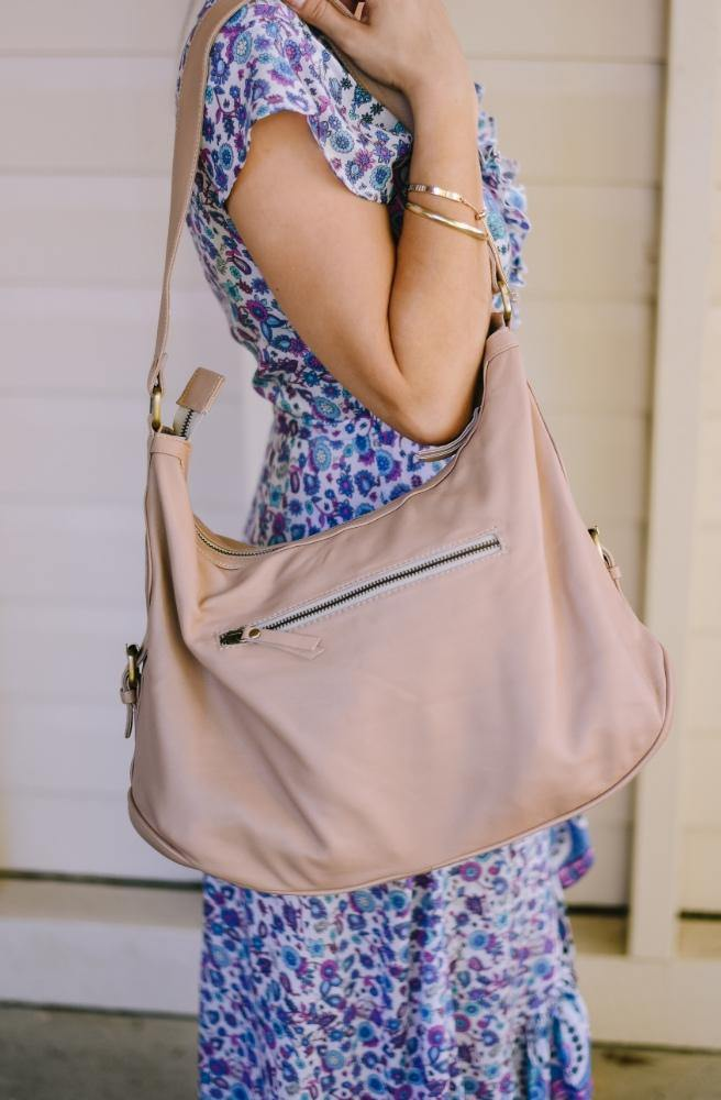 Blush Pink Leather Handbag side view | Classic Leather style by Tonketti