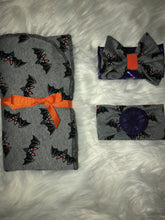 Load image into Gallery viewer, Halloween Swaddle Set's (CHOOSE YOUR PRINT)