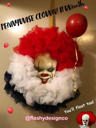 PENNYWISE IT CLOWN!  Halloween Wreath