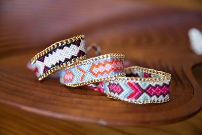 Braided Friendship Bracelet (Pink) - Chuchka