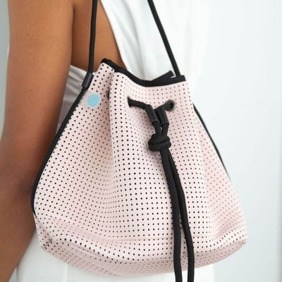 Sheri Pink Neoprene Bucket Bag - Chuchka