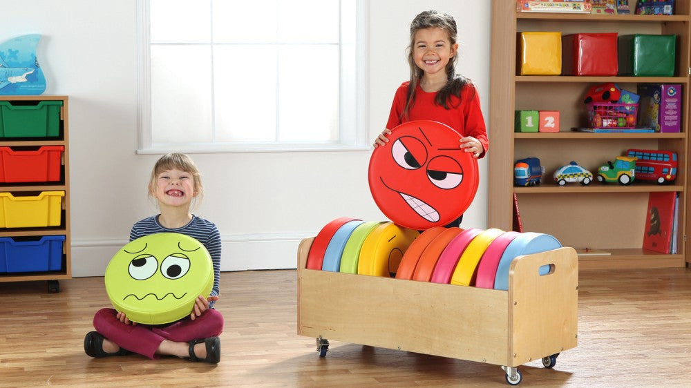 English emotion cushions and trolley - Toy Giant