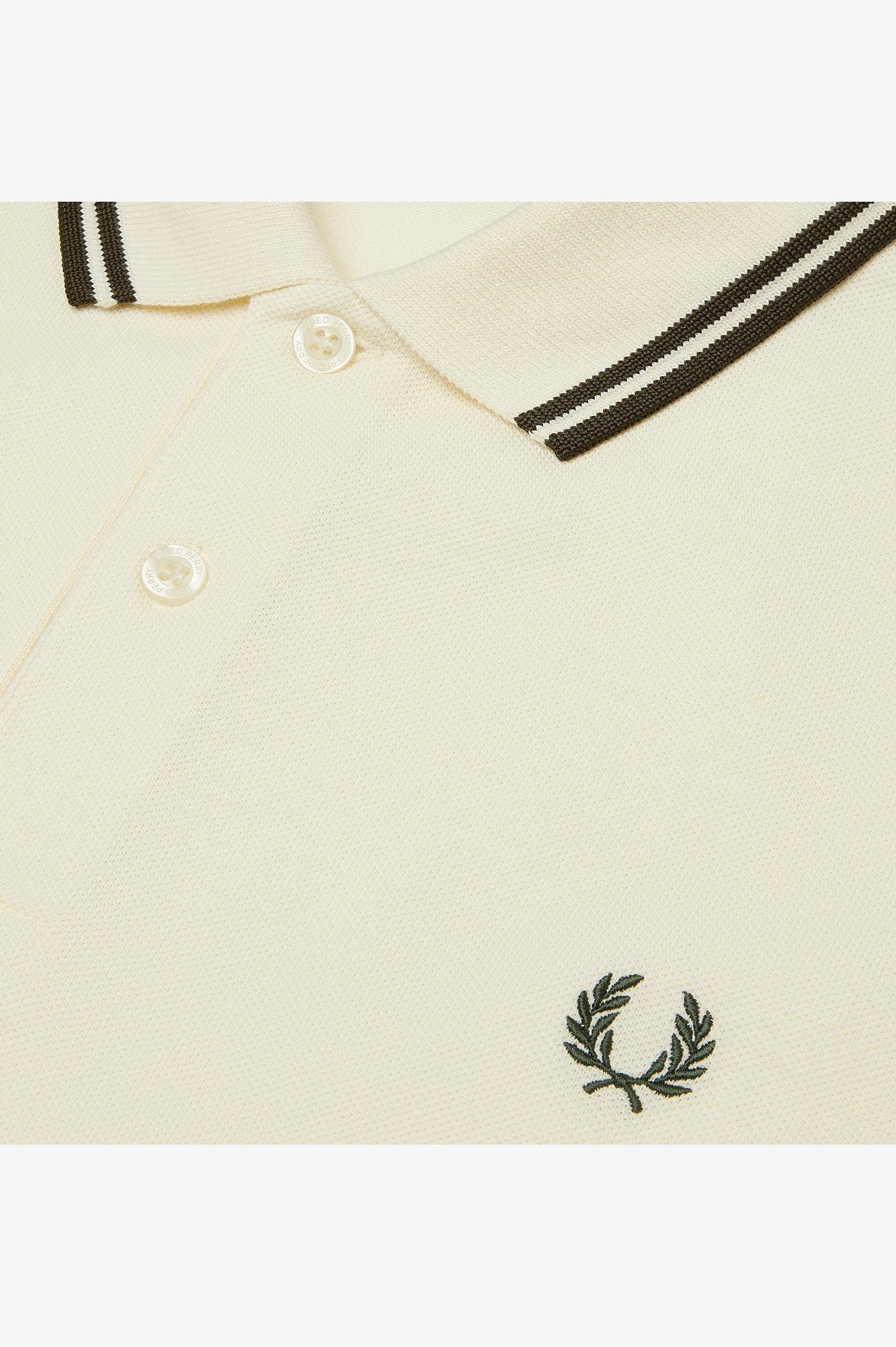 Fred Perry M3600 Twin Tipped Polo Shirt in Off White / Forest Night
