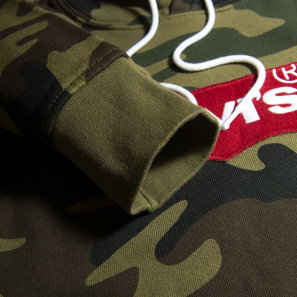 Levi's Batwing Hooded Sweatshirt in Camo