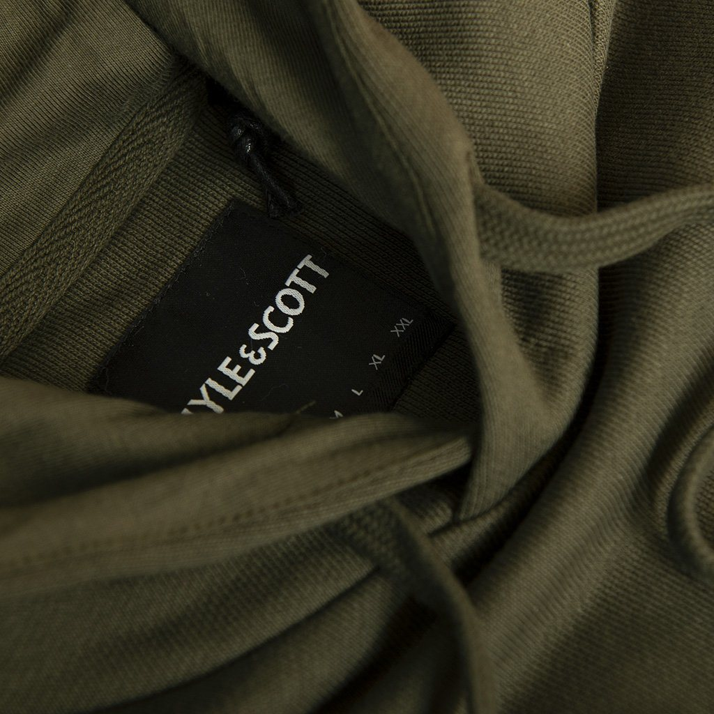 Lyle & Scott Pullover Hoodie in Dark Sage