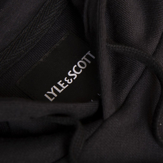Lyle & Scott Pullover Hoodie in True Black