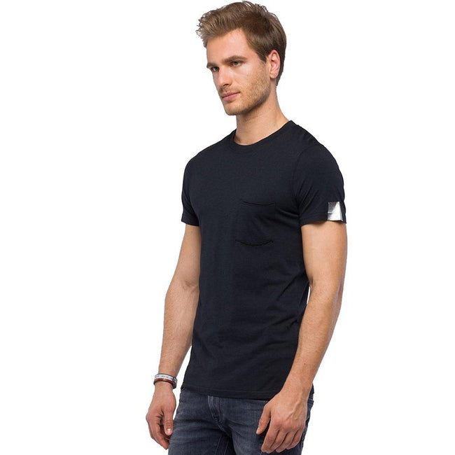 Replay T-Shirt With Wrinkled Pocket in Black