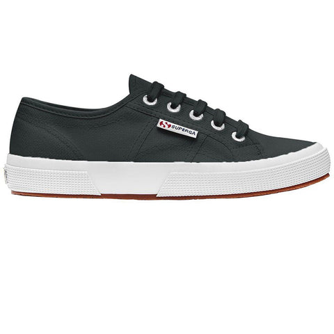 2750 COTU Classic Shoes in Black Lochness Trainers Superga