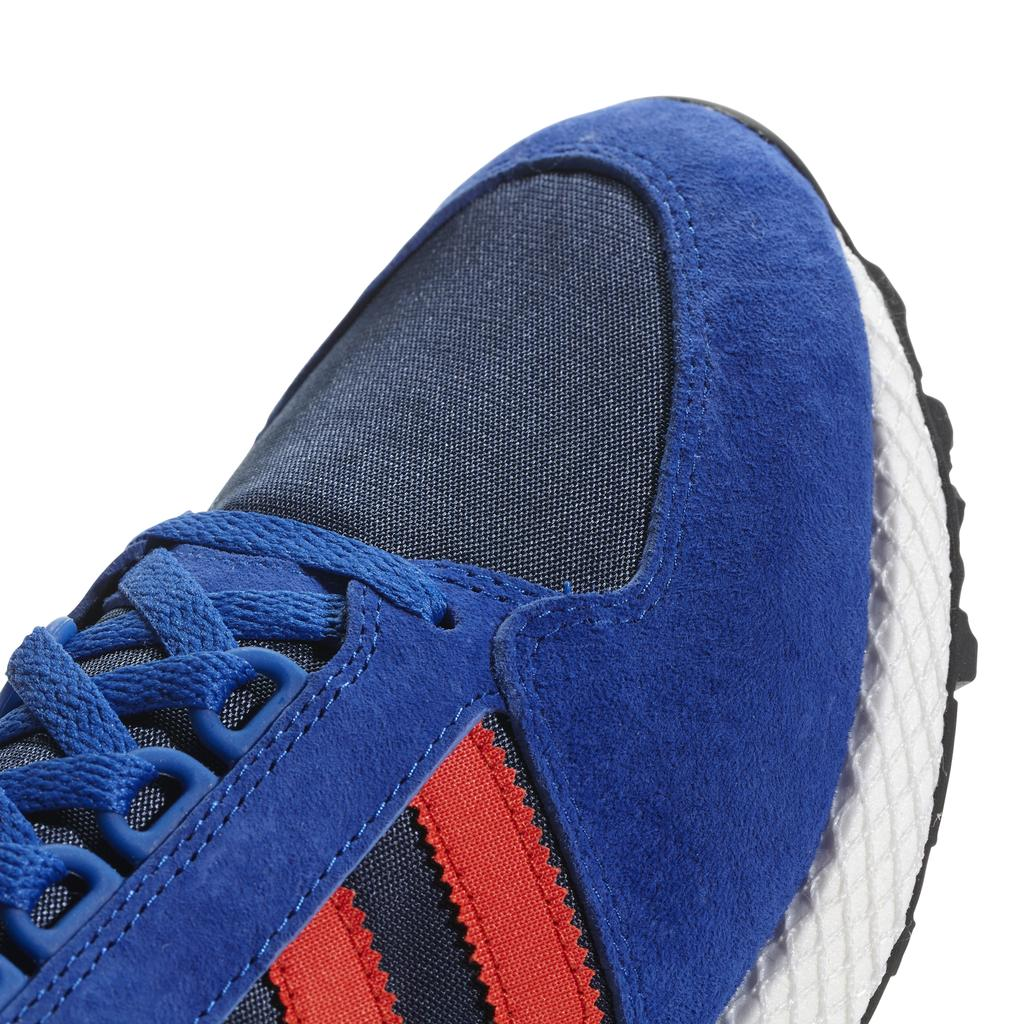 Adidas Forest Grove Trainers B38002 in Power Blue / Hi-Res / Collegiate Navy