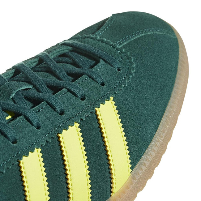 Adidas Bermuda B41472 in Green / Yellow Trainers adidas