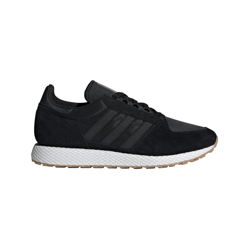 Adidas Forest Grove CG5673 in Black / White / Gum