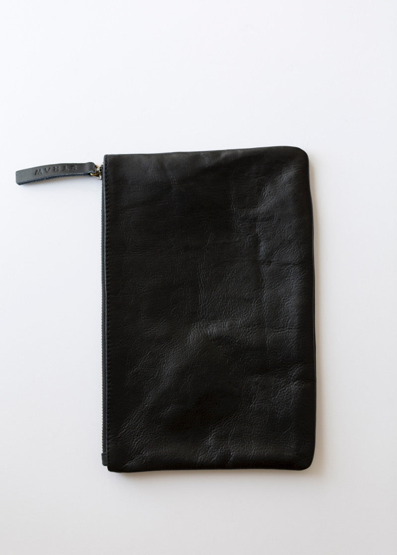 Straw Clutch Black