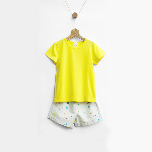 Sunshine Yellow Tee & Pluie Picnic Shorts Set
