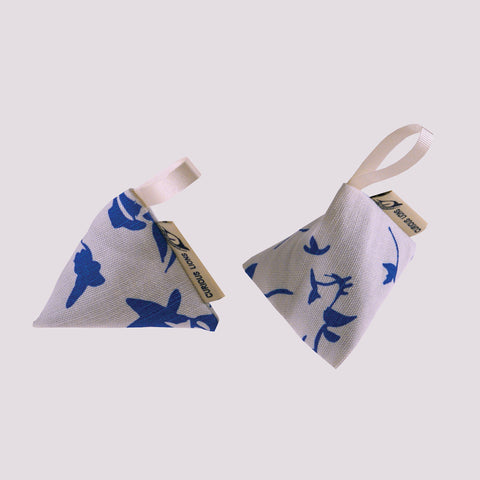 Lavender bag pyramid pair, designed by Curious Lions and made in the UK. Each screen printed item contains 100% english lavender buds.