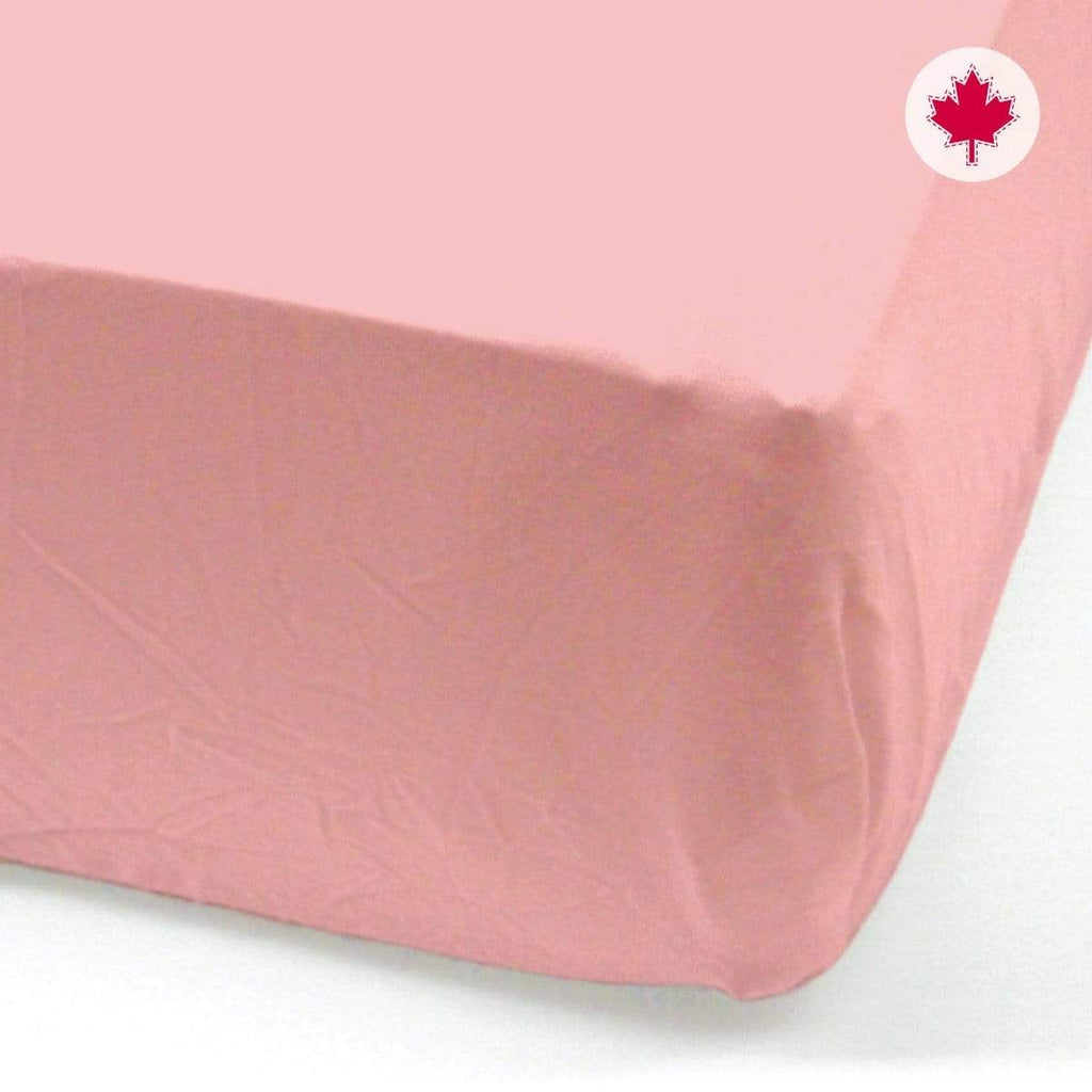 Crib FLAT sheet - strawberry