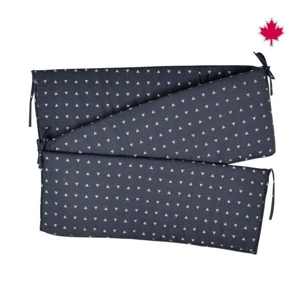 Printed bumper pads - navy triangles