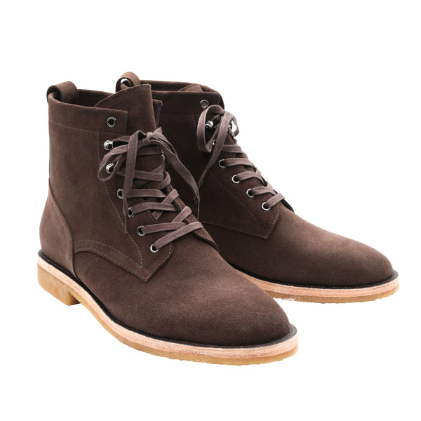 LACE UP BOOTS IN DUSTY BROWN