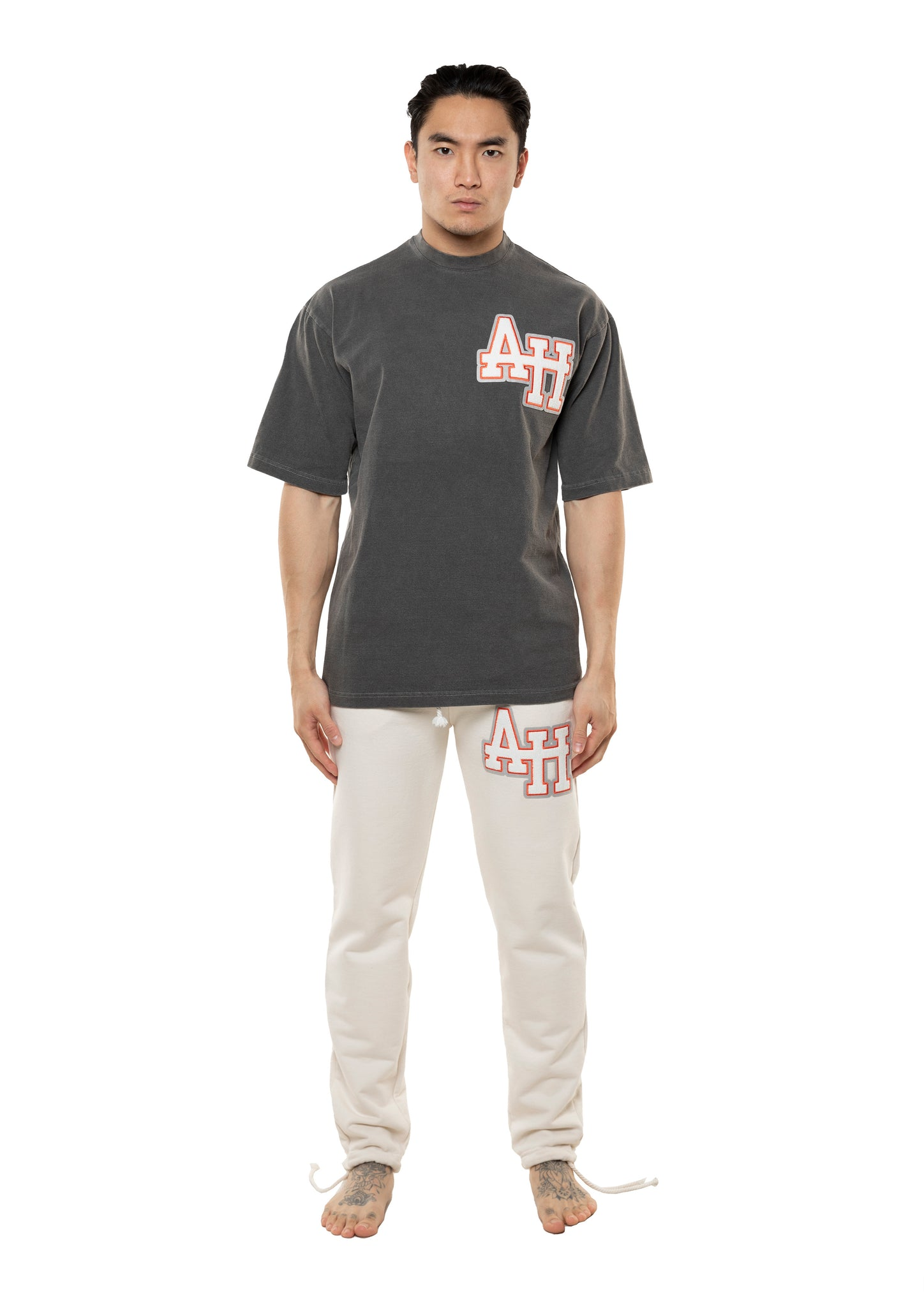 AH COLLEGE TSHIRT - WASHED BLACK