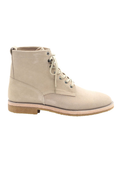 LACE UP BOOTS IN POWDER BEIGE