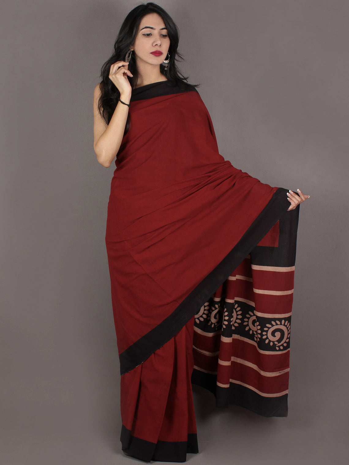Maroon Black Hand Block Painted & Printed in Natural Colors Cotton Mul Saree - S031701005