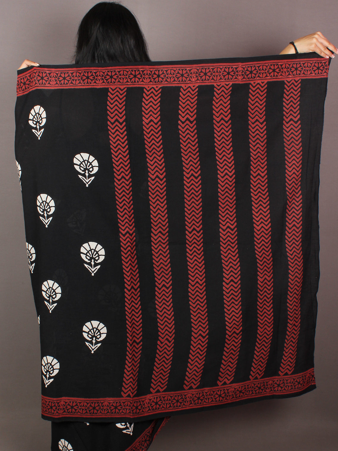 Black White Maroon Hand Block Printed in Natural Colors Cotton Mul Saree - S031701019