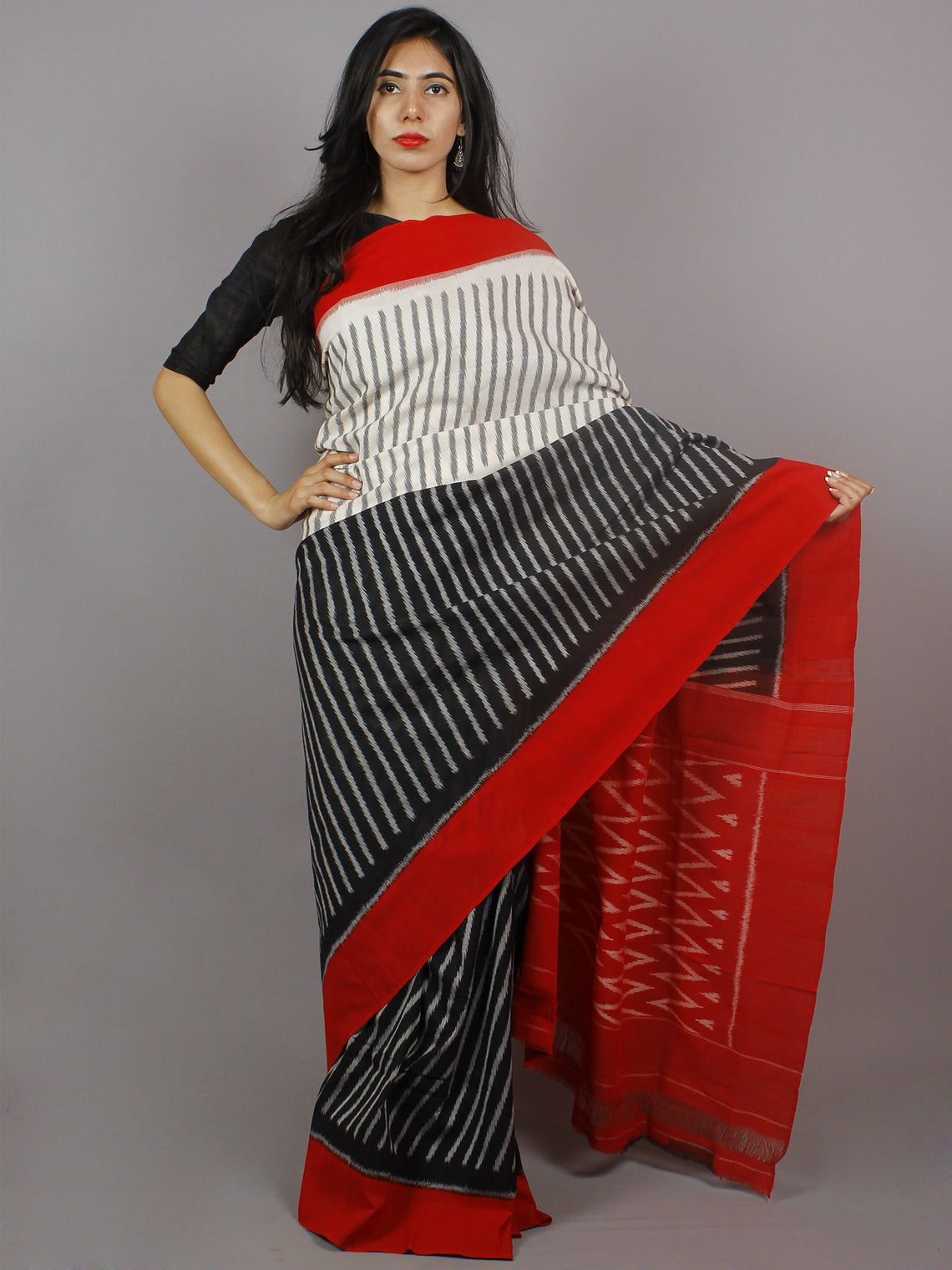 Black White Red Grey Ikat Handwoven Pochampally Mercerized Cotton Saree - S031701257