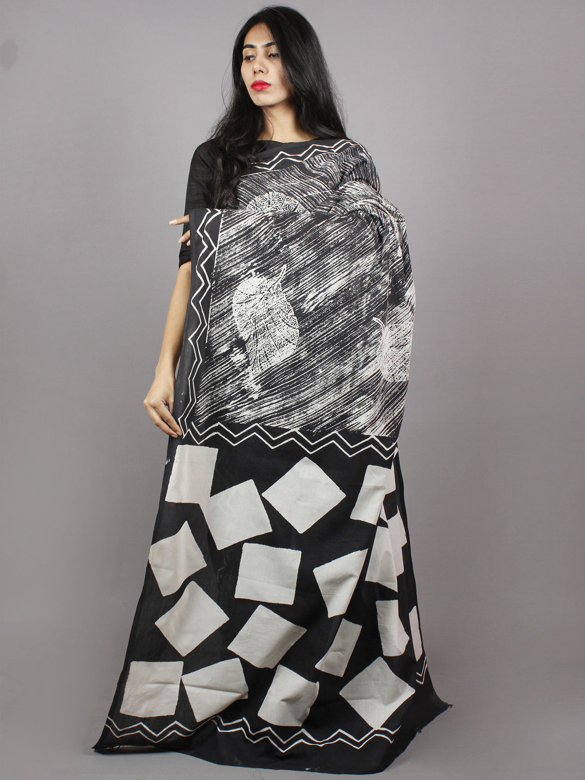 Black Grey White Hand Block Printed Cotton Mul Saree - S031701355