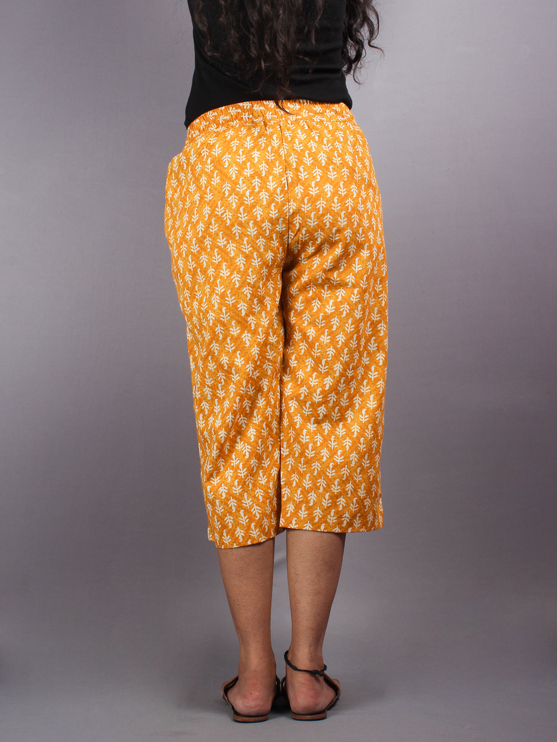 Yellow Hand Block Printed Elasticated Waist Capri - C0267013