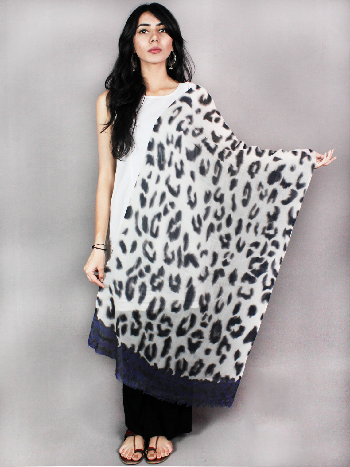 White Indigo Black Pure Wool Stole from Kashmir - S6317086