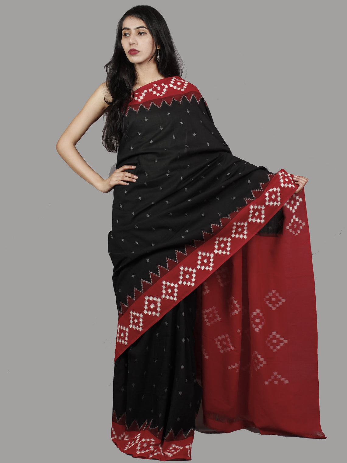 Black Red Maroon Ivory Grey Ikat Handwoven Pochampally Mercerized Cotton Saree - S031701438