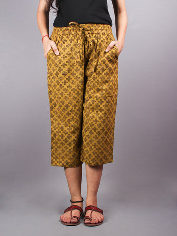 Yellow Hand Block Printed Elasticated Waist Capri - C0267015