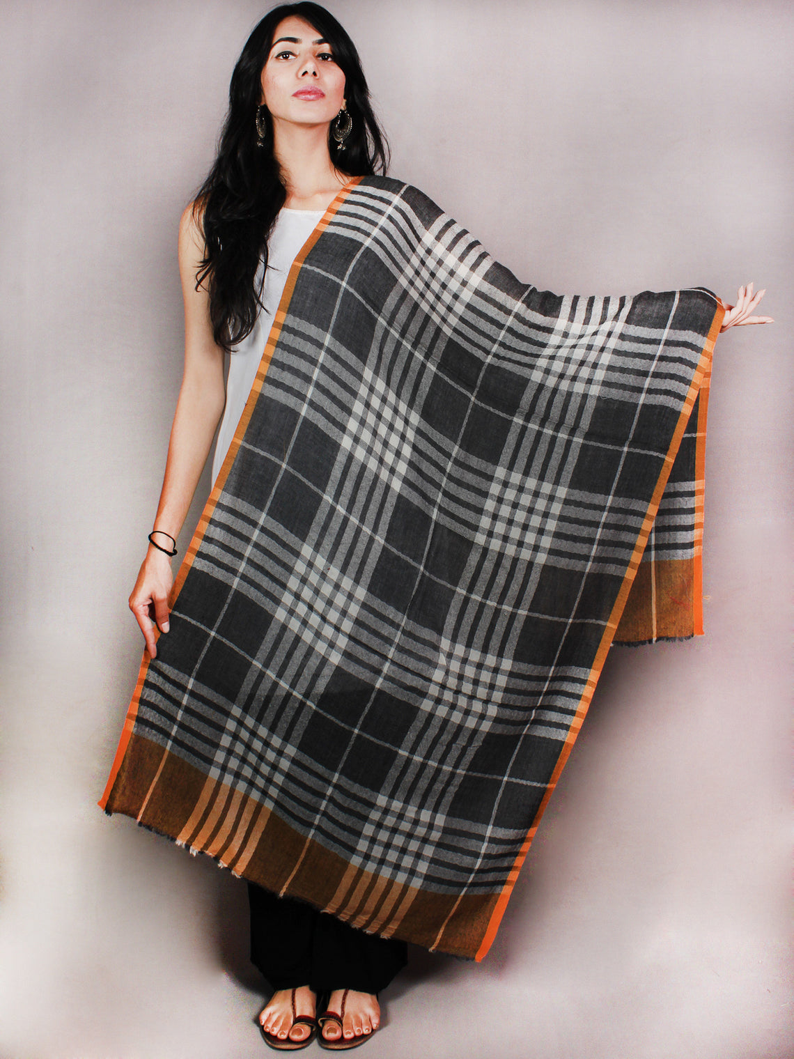 Black White Yellow Pure Wool Stole from Kashmir - S6317089