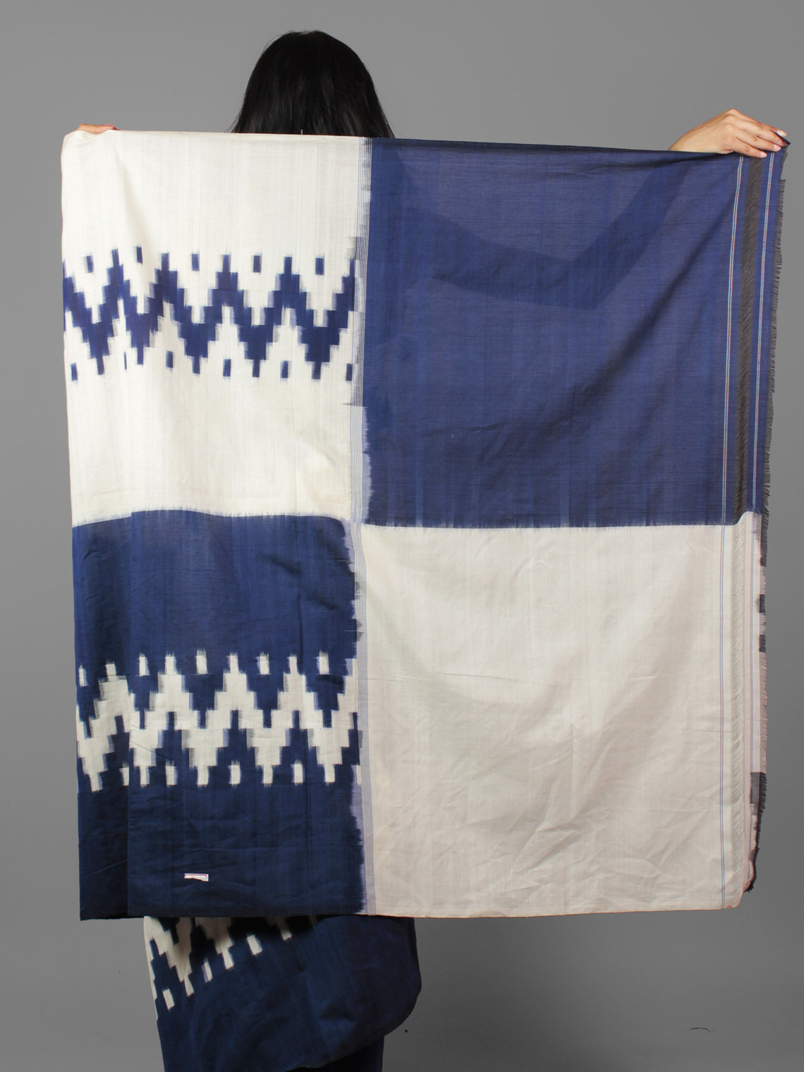 Indigo Ivory Double Ikat Handwoven Pochampally Mercerized Cotton Saree - S031701908