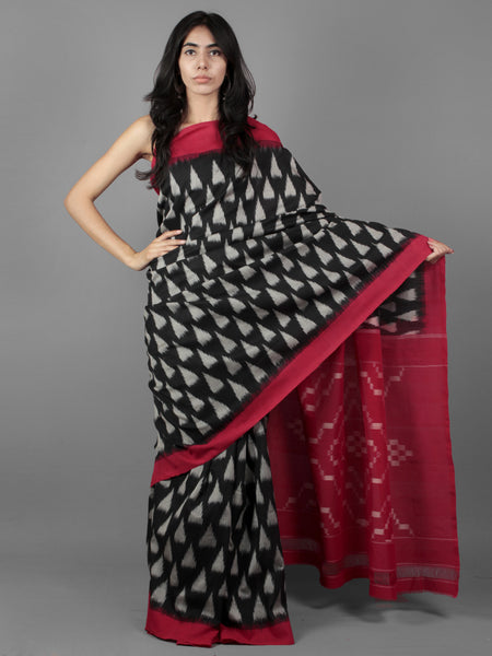 Black Grey Red Ikat Handwoven Pochampally Cotton Saree - S031701937