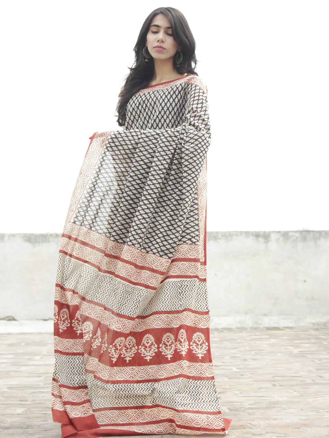 Beige Black Red Hand Block Printed in Cotton Mul Saree - S031702279
