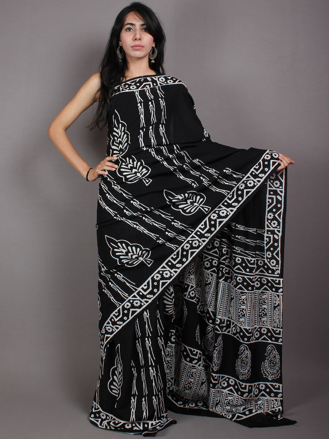 Black White Cotton Hand Block Printed Saree in Natural Colors - S03170523