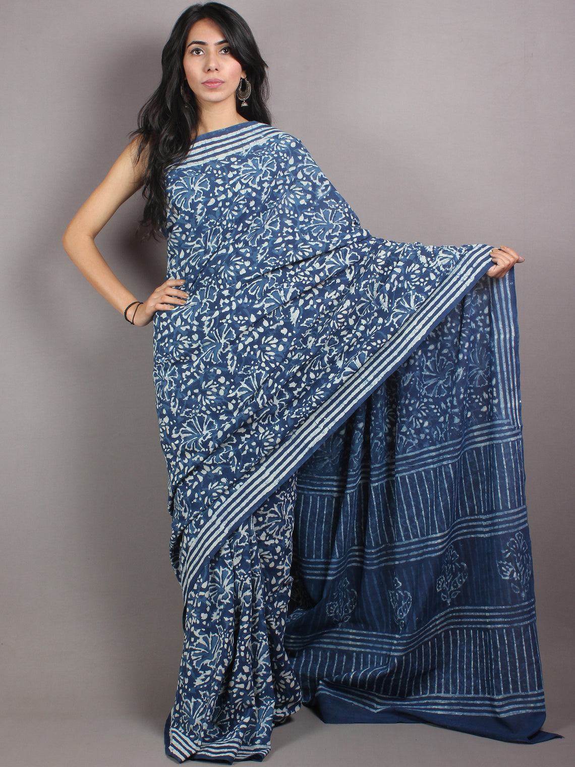Indigo White Cotton Hand Block Printed & Painted Saree - S03170672