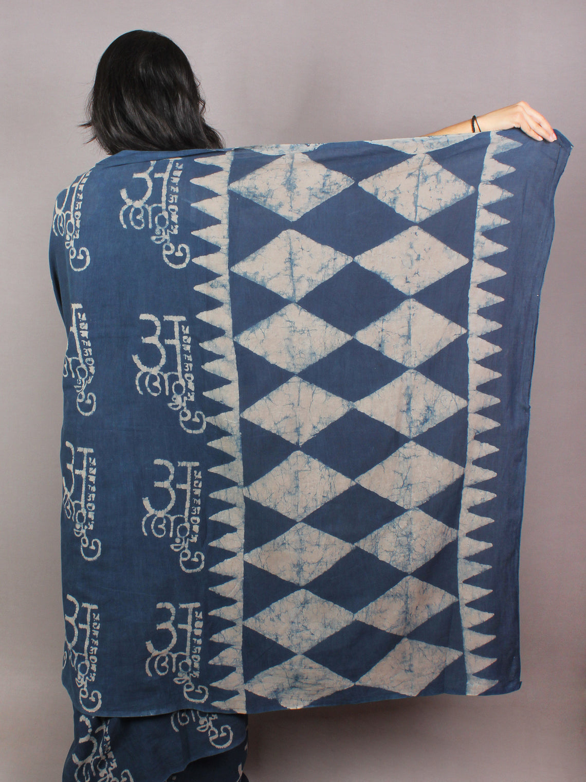 Indigo Beige Cotton Hand Block Printed Saree With faded texture in Natural Colors - S03170757