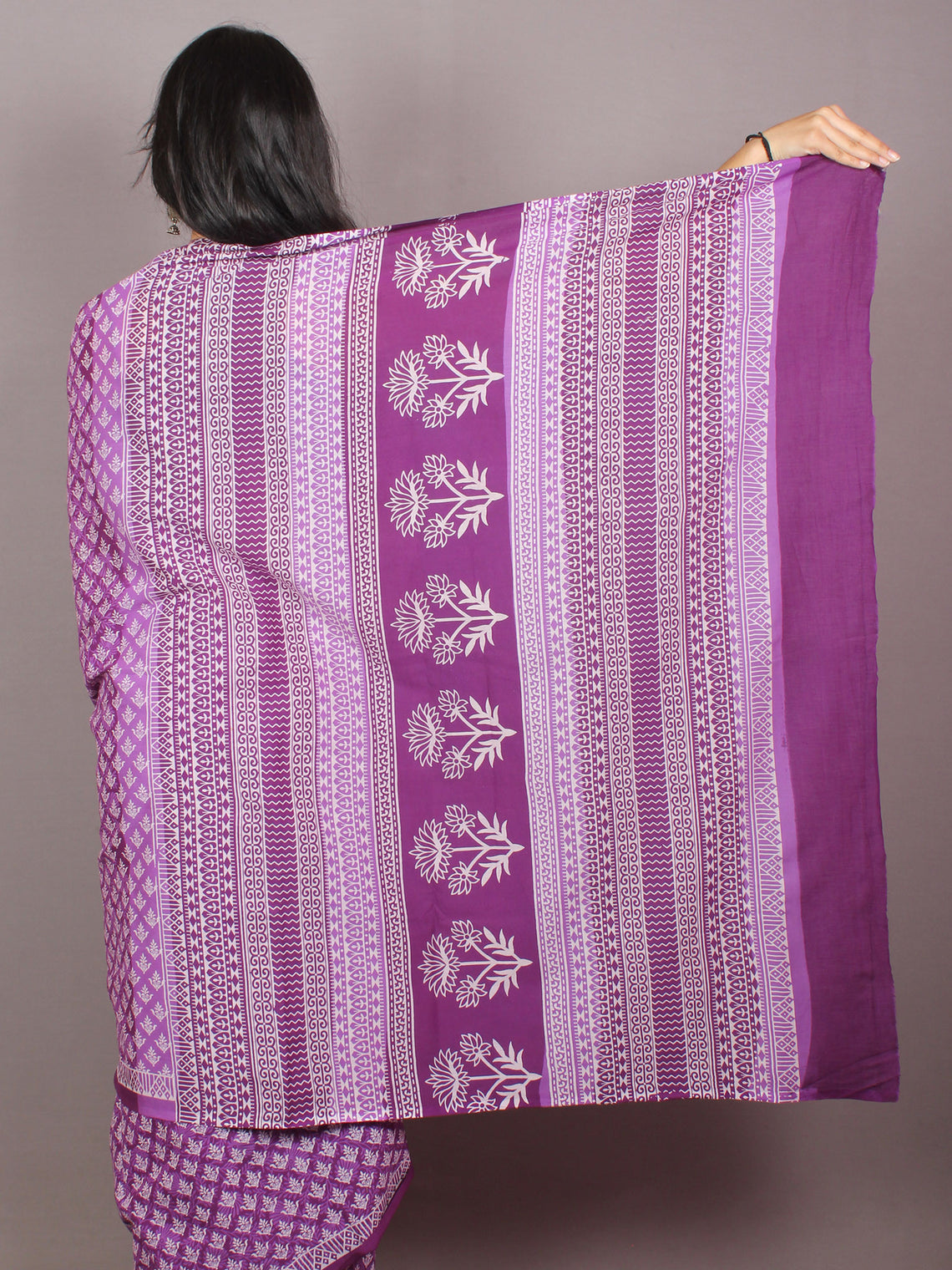 Purple White Hand Block Printed in Natural Colors Cotton Mul Saree - S03170800