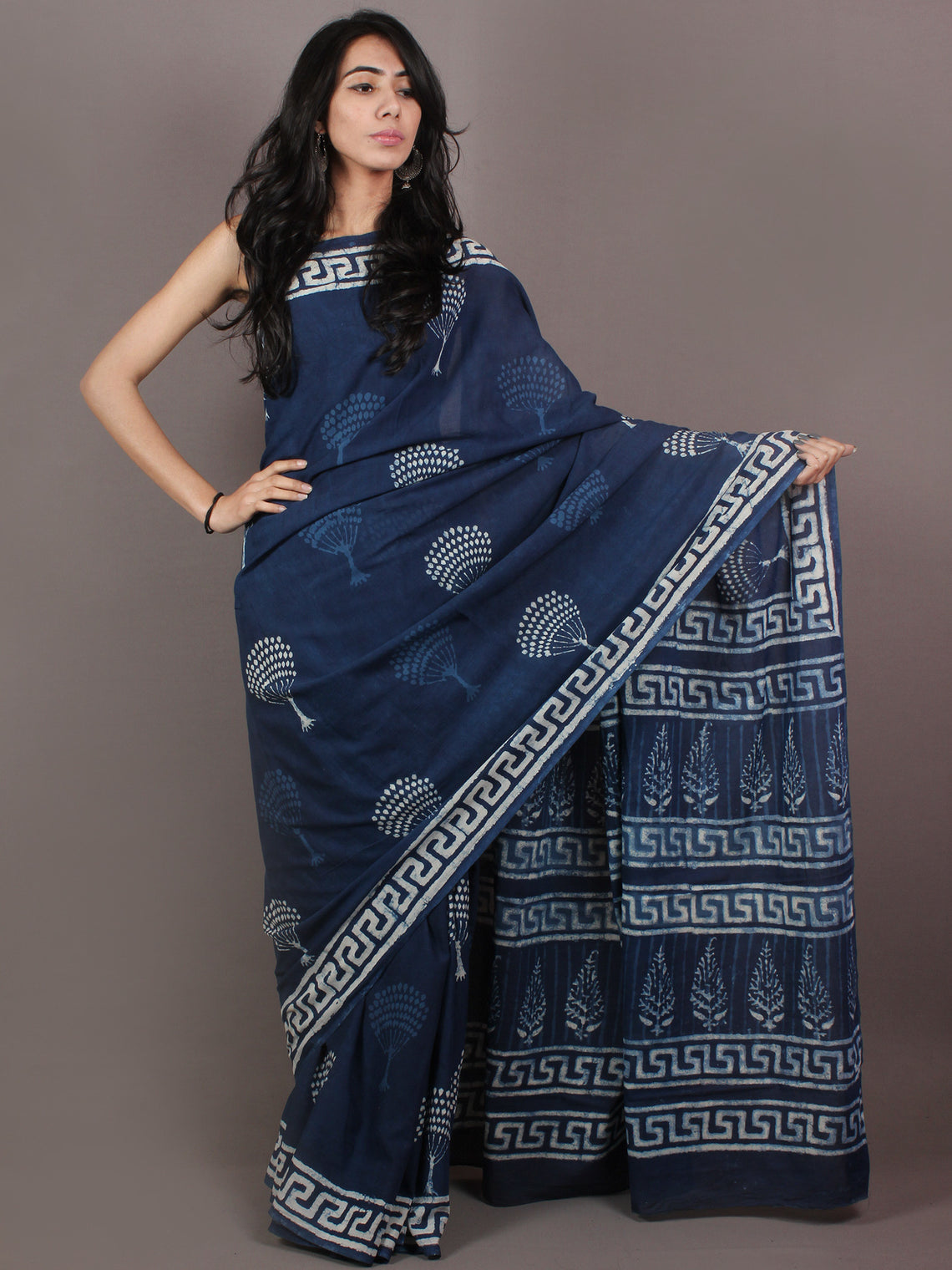 Indigo White Bagru Dabu Hand Block Printed in Cotton Mul Saree - S03170899