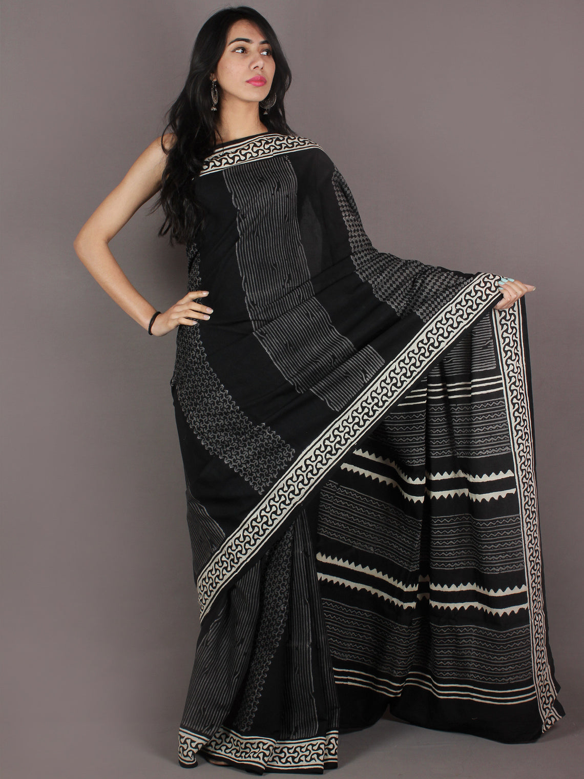 Black White Grey Hand Block Printed in Natural Colors Cotton Mul Saree - S03170924