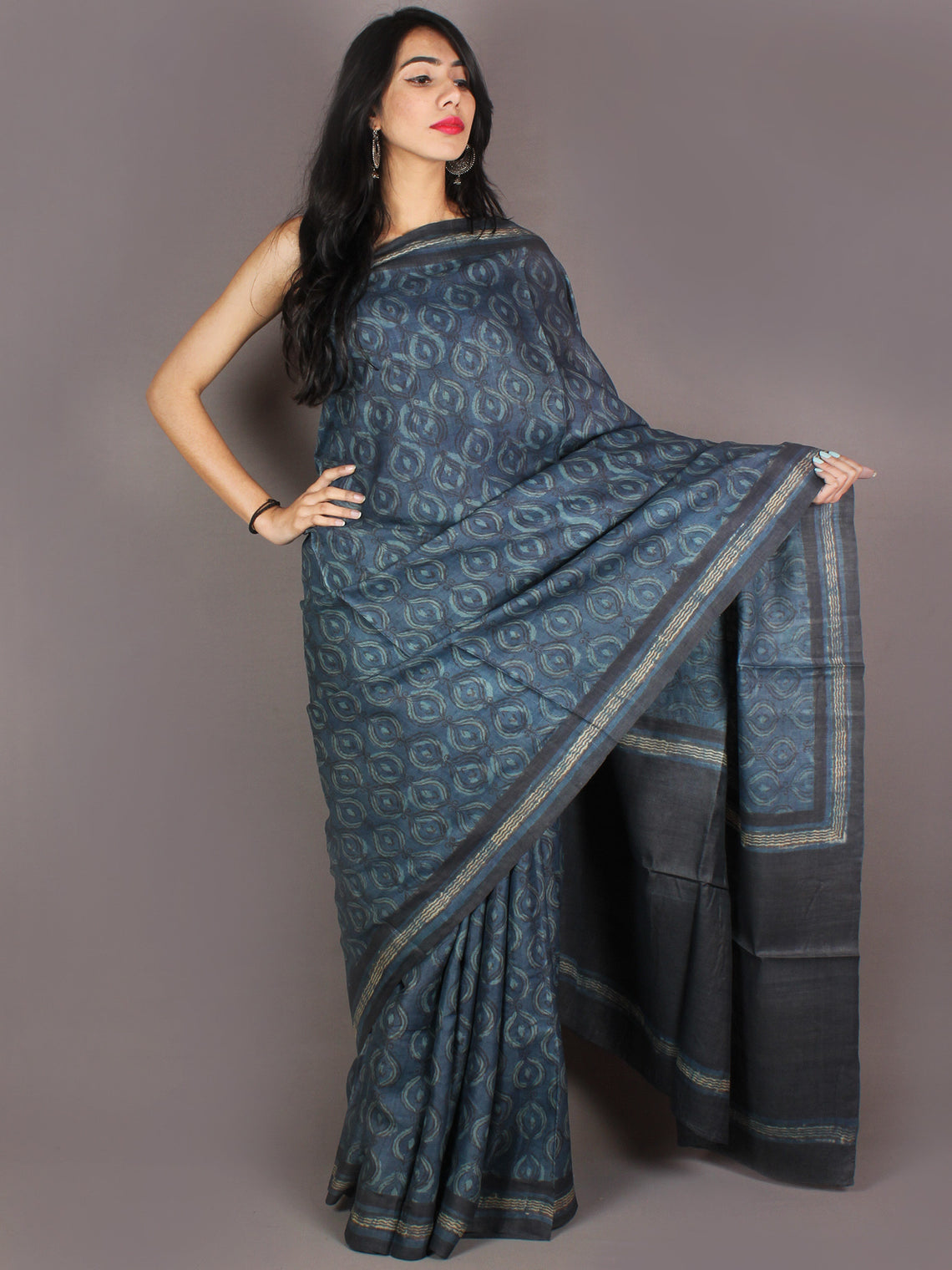 Tussar Handloom Silk Hand Block Printed Saree in Indigo Black & Beige- S03170955
