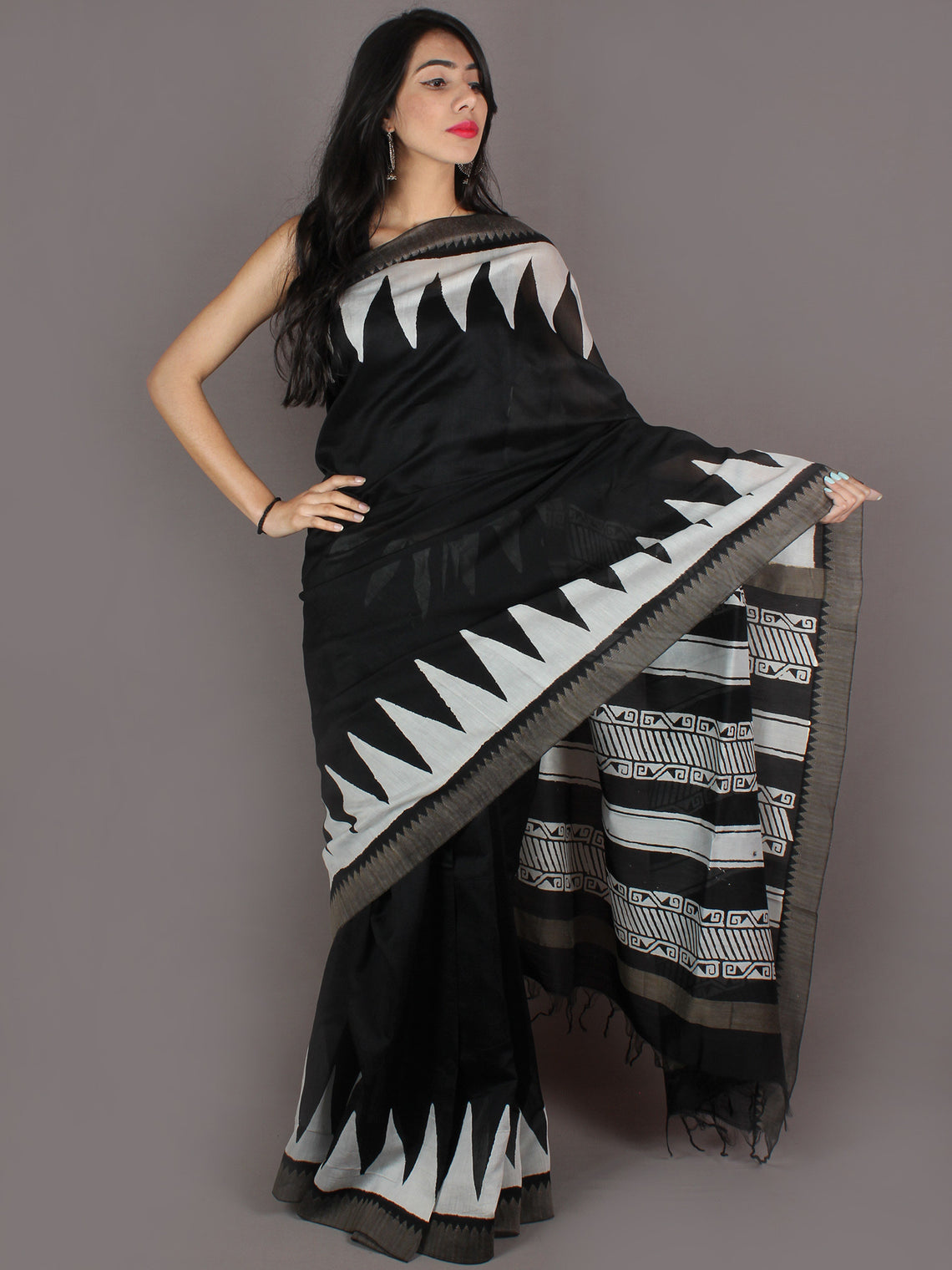Black White Hand Block Printed in Natural Colors Chanderi Saree With Geecha Border - S03170971