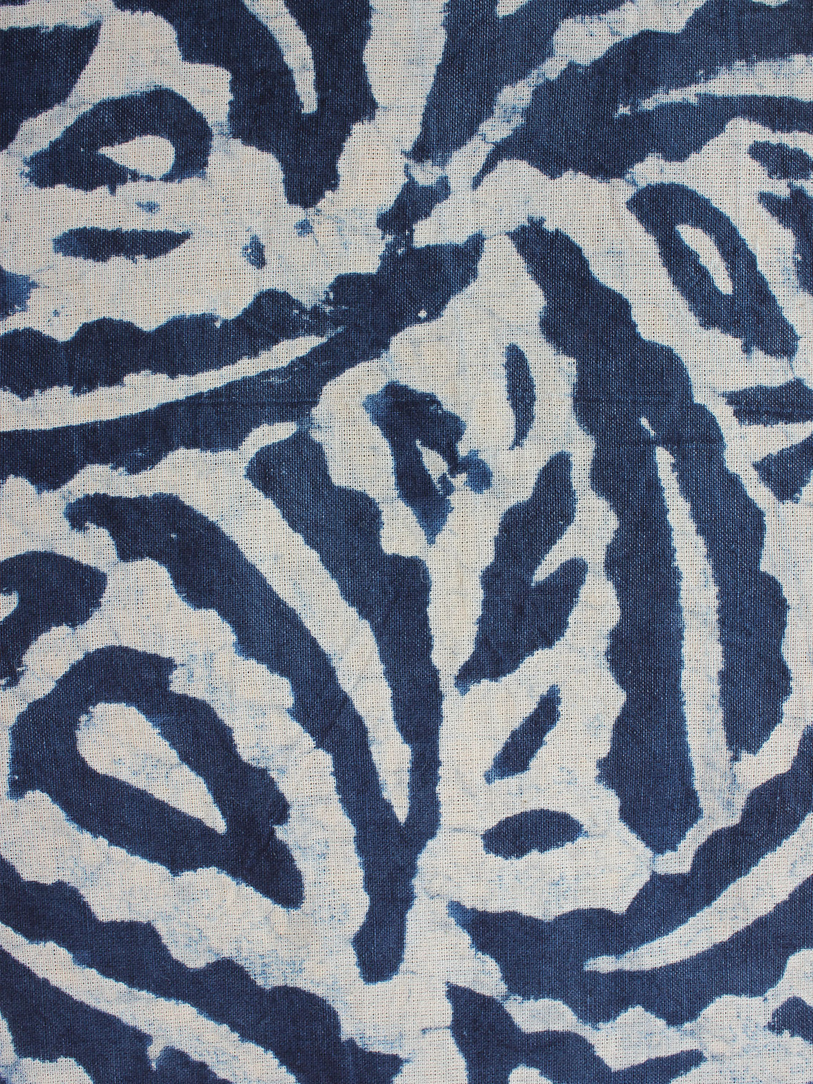 Indigo and White Color Natural Dyed Hand Block Printed Cotton Fabric Per Meter - F0916204