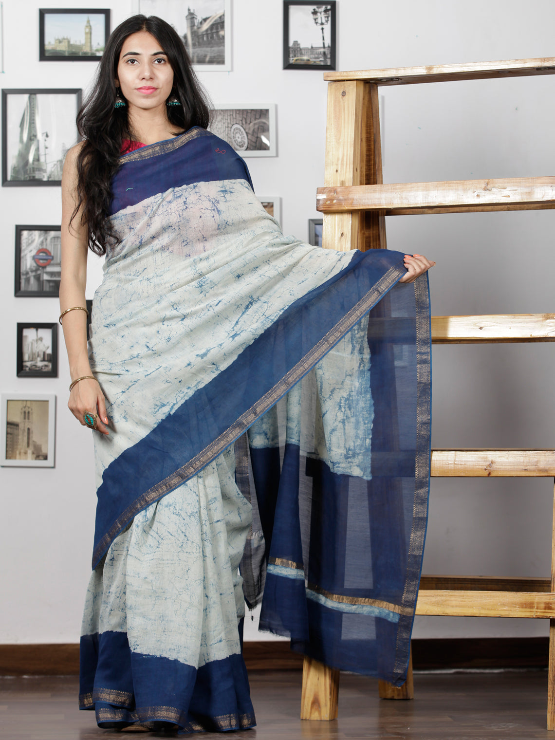 Indigo Ivory Hand Brushed Dabu Maheshwari  Silk Saree With Zari Border - S031702949